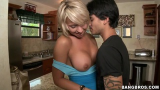 Horny babe Brianna Beach gets a make out session in the car