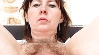 Nurse Practitioner gapes her hirsute cunt